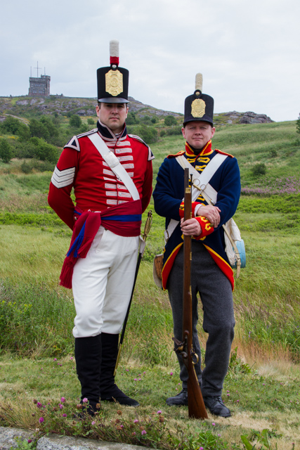I found these fellows in the parking lot of Signal Hill, and politely asked them tif they wouldn't mind posing at the end of the lot. I didn't want any cars spoiling the authentic 18th century ambiance.