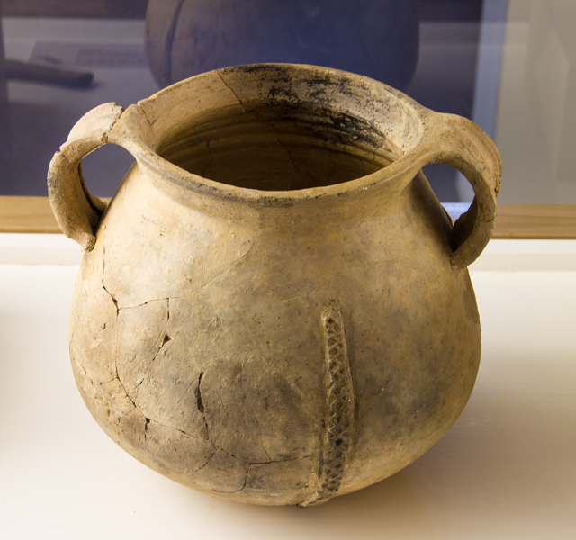 Pottery  vessel from the sunken galleon